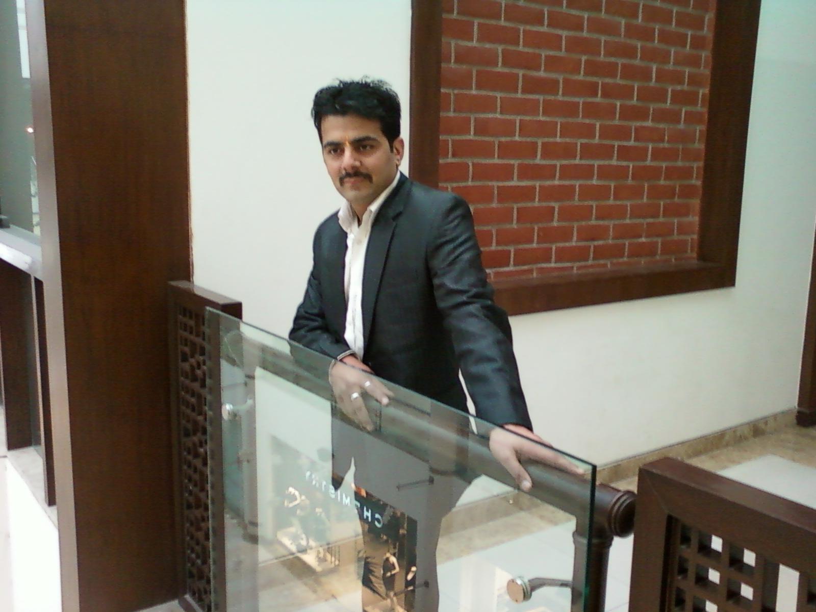 Robin Sharma Astrologer